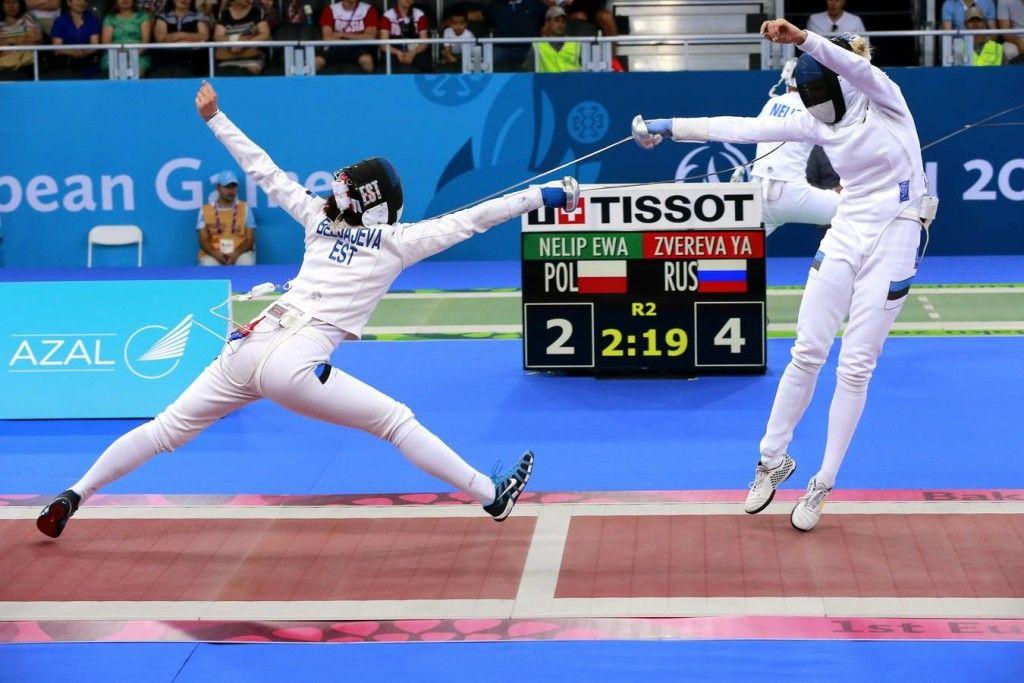 Julia Beljajeva vs Erika Kirpu. Foto: Serge Timacheff/FIE