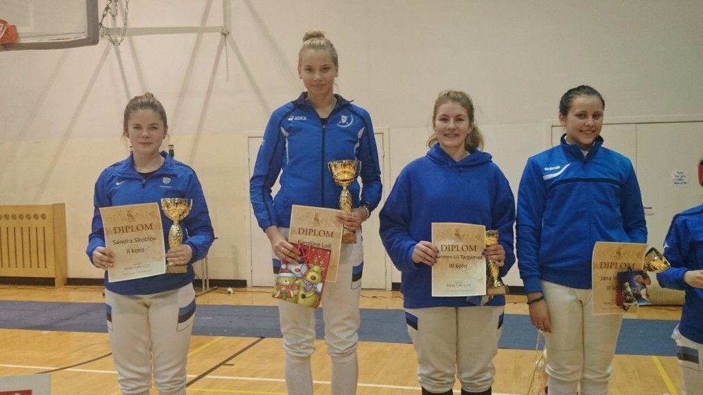 Vasakult: Sandra Skoblov, Karoliine Loit, Carmen-Lii Targamaa, Jana Vilcane