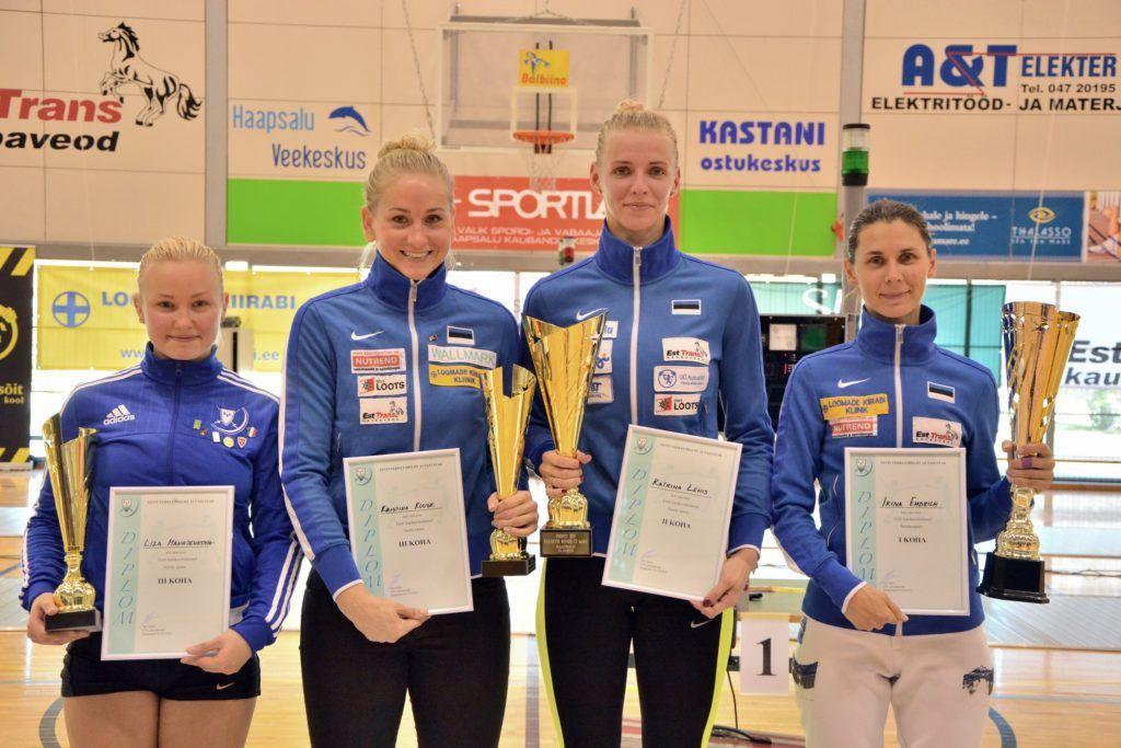 Vasakult: Liza Manajenkova, Kristina Kuusk, Katrina Lehis, Irina Embrich. Foto: Maarja Linnamägi